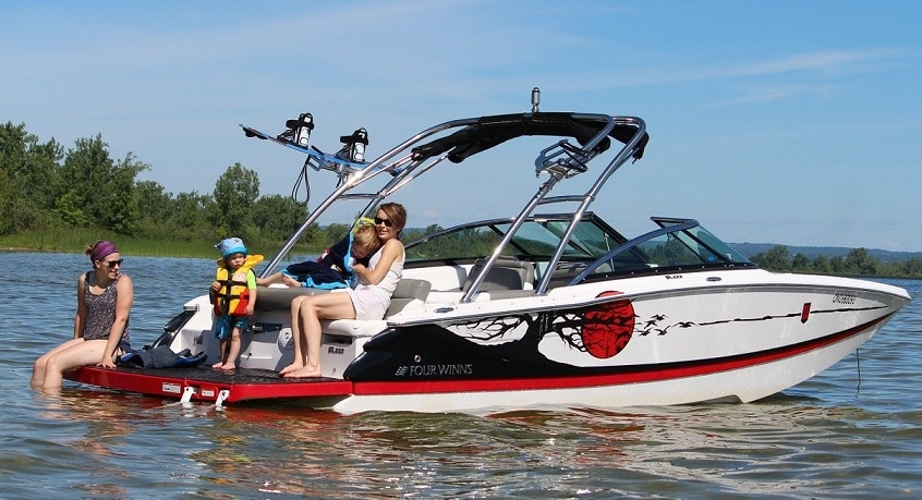 What Is The Speed Of A Pontoon Boat?