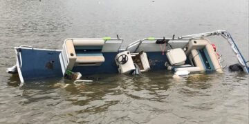 Why A Pontoon Boat Will Nose Dive?